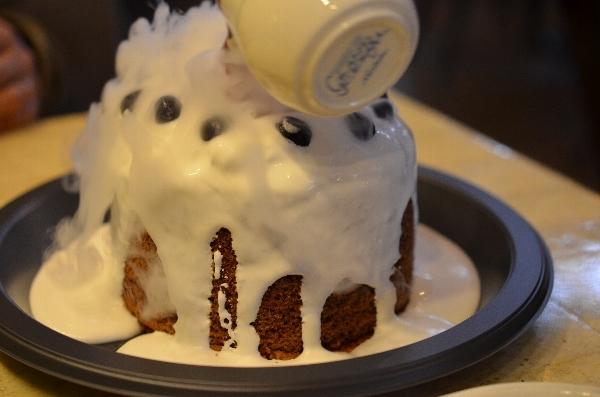 ボルケーノ大噴火ケーキ