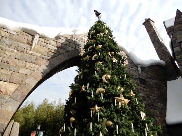 ハリーポッターエリアのクリスマスツリー