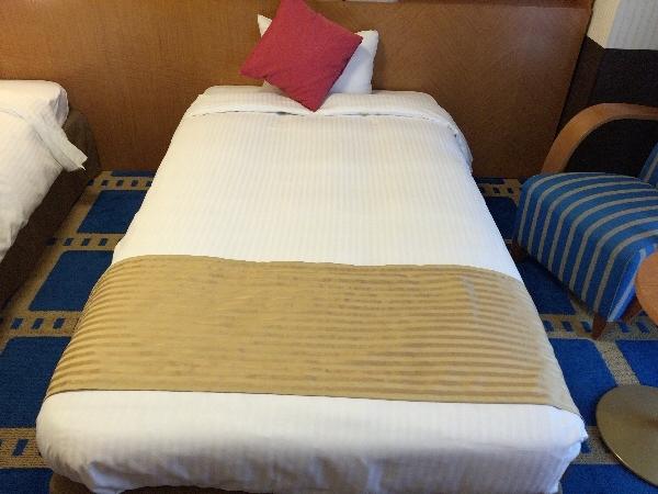 ホテル京阪ユニバーサル・シティのベッド