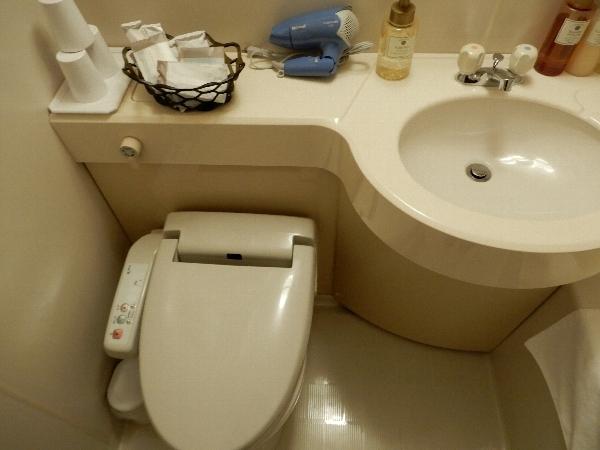 ホテル・ロッジ舞洲のトイレ・洗面