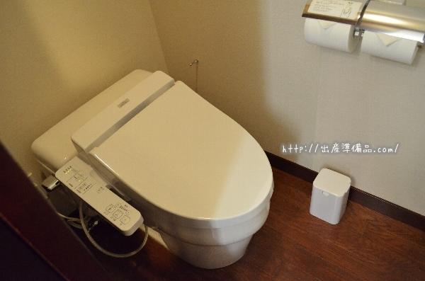 ホテル京阪ユニバーサル・タワーのスタンダードツインのトイレ