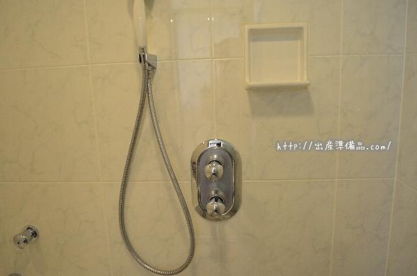 ホテル京阪ユニバーサル・タワーのスタンダードツインのバスルーム