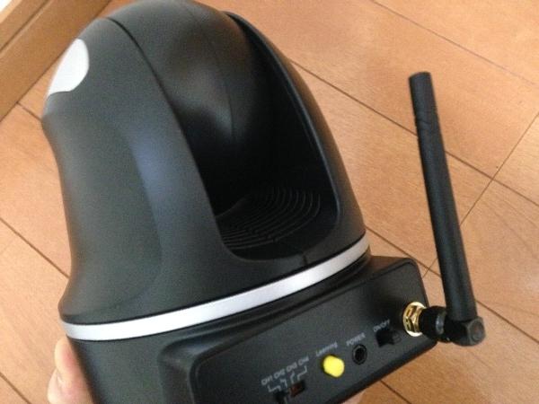 カメラ可動型ワイヤレスベビーモニターのヘッドの状態