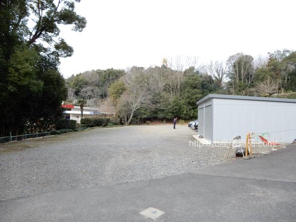日本モンキーパーク周辺駐車場