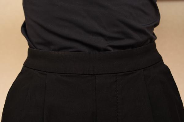 はっ水極のび テーパードパンツ(ブラック)Mサイズ